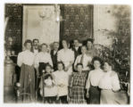 Family gathered at Christmas, 12/25/1906, Newark, NJ