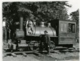 Narrow gauge locomotive on Ford Avenue, 06/03/1913, Morristown, NJ