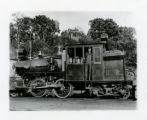 Railroad locomotive, Morris and Erie engine and fireman, 7/14/1913, Morristown, NJ