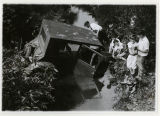 Accident, vehicle of Mrs. and Mr. J. Jarman, side view from right, 08/05/1927, Morristown, NJ